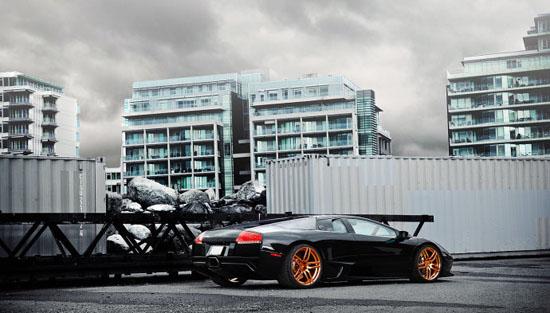 兰博基尼Lamborghini Murcielago LP640穿上黄金战靴!